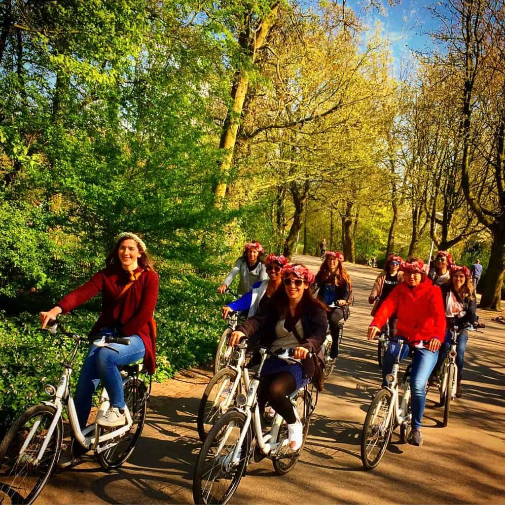 Fietstour door het Vondelpark in Amsterdam